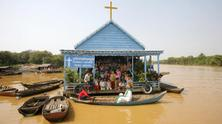 Floating Village in Cambodia - Photo story by Jochen Eckel 2007