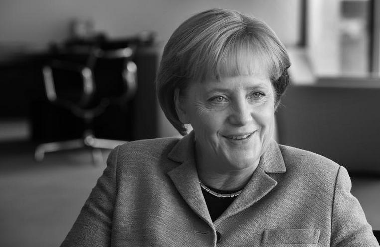 Personalities | Politics and Society - Regina Schmeken | Angela Merkel, 2009 - by Regina Schmeken 00505319