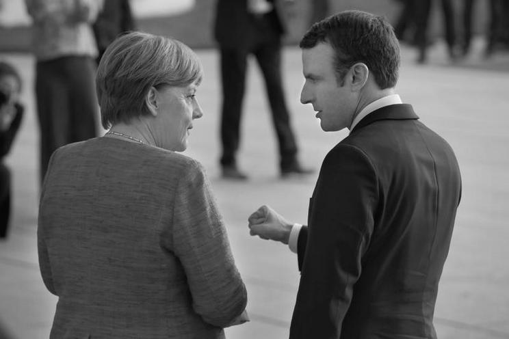 Personalities | Politics and Society - Regina Schmeken | Emmanuel Macron, first state visit in Berlin, 2017 - von Regina Schmeken 02450703