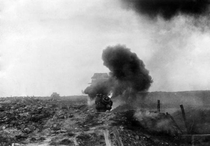 Contemporary | Battle of the Masurina Lakes 1914 | British tank in during the Battle of Cambrai , 1917 | 00482518