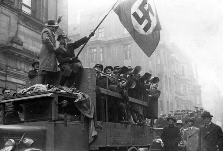 History | Nazism 1934-1945 | Elections of the parliament 12.11.1933 and plebiscite because of the League of Nations 00339087