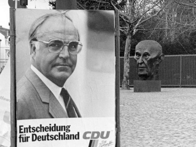 Contemporary | Schuman Declaration 19.03.1951 | CDU election poster and Adenauer bust, 1987 | 00318537