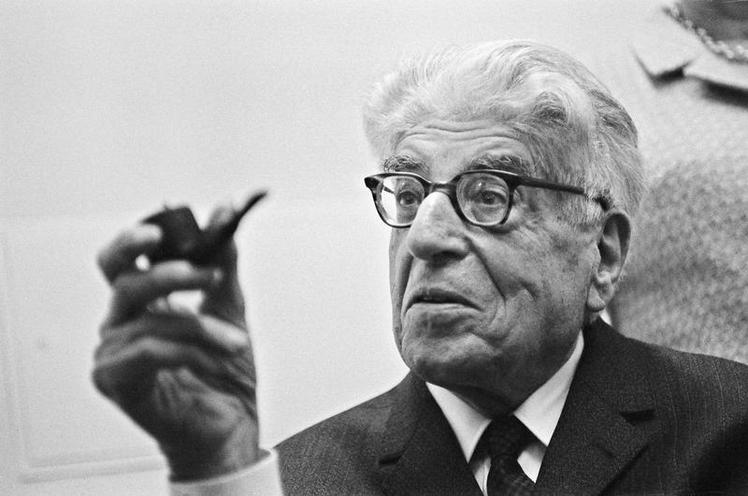 Personalities | Scientists, philosophers & pioneers | Ernst Bloch 00132799