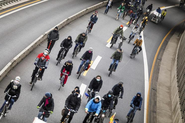 Current Events | Bicycle protest for climate protection in Hamburg, 2020 - by Jannis Große 02976414