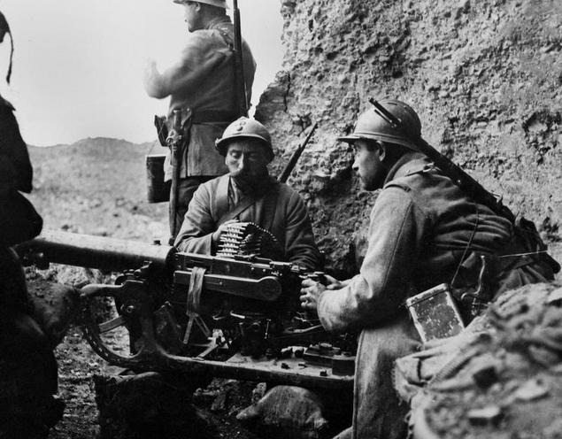 Contemporary | Battles in Serbia during First World War, 1914-1916 | French troops at the Western Front during WWI | 02100192