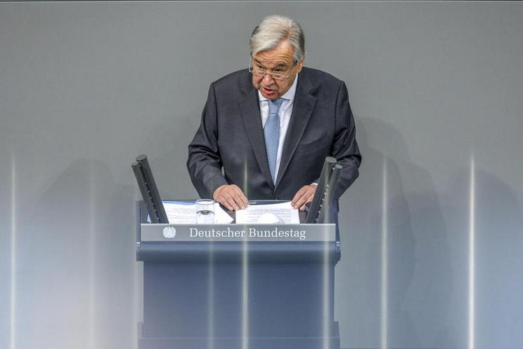 Current Events | UN Secretary-General Antonio Guterres in the German Bundestag, 2020 - by Omer Messinger  02978292