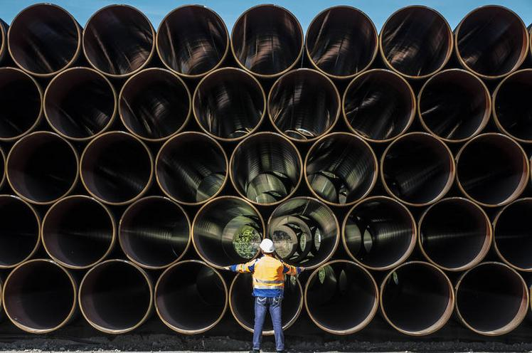 Current Events | Pipeline Nord Stream 2, 2018-2020 - by Ulrich Baumgarten 02635217