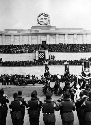 Contemporary | Reichstag Election 05.03.1933 | March of the RAD at the Nuremberg Rally, 1938 | 00338850