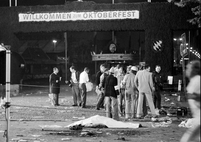 Places | Munich | Oktoberfest: bomb attack 1980 02100973