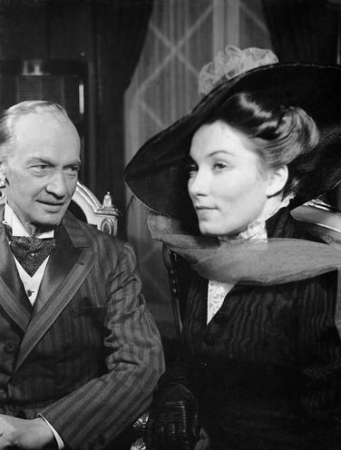 Personalities | Hans Albers Movies | Paul Otto and Brigitte Horney in 'Pygmalion', 1939 | 00057165