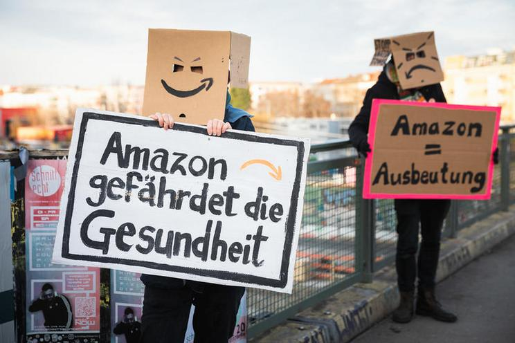 Current Events | Protest against Amazon, Berlin, 2020 - by Christian Mang and Florian Boillot 02978109