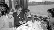 Buffet car of an interzonal train - Photo story by Alfred Strobel