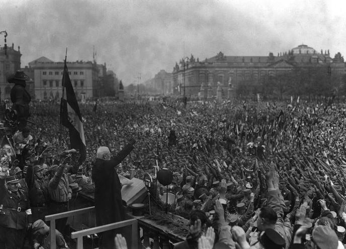 History | Nazism 1934-1945 | Rally on First fo May 1933-1945 02100202