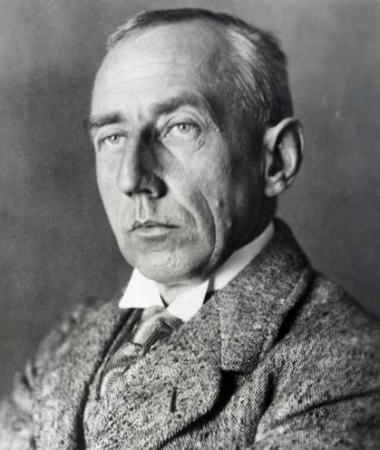 Personalities | Scientists, philosophers & pioneers | Roald Amundsen 00271565