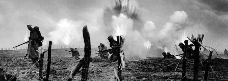 Contemporary | Tank battle of Cambrai, 1917 | Scene from a German war movie, 1934 | 00475178