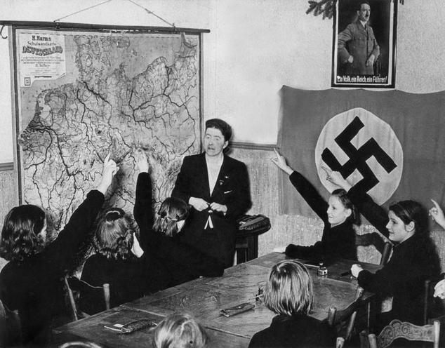 Contemporary | Stahlhelm organization past 1933 | School in National Socialism, 1941 | 00088747