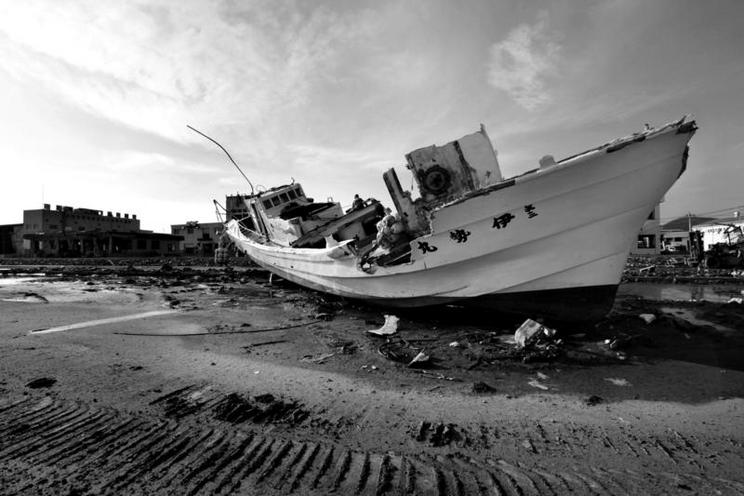 Places | Germany | Stranded boat in Ishinomaki, June 2011 | 00782881