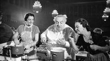 """Hertie Cooking Challenge"" in Munich - Photo story by Alfred Strobel, 1952"