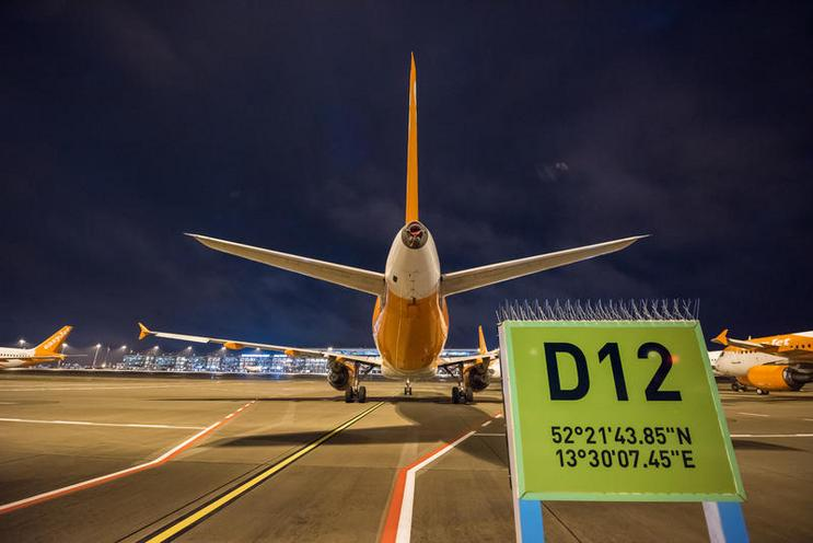 Current Events | Night shots of the BER Airport opening, 2020 - by Christian Ditsch 02960343
