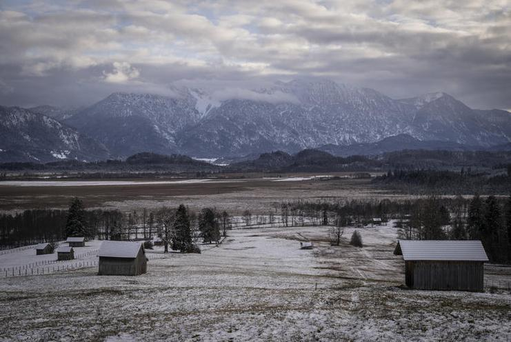 Places | Bavaria | Murnauer Moos in winter, 2020 - by Luise Aedtner 02981430